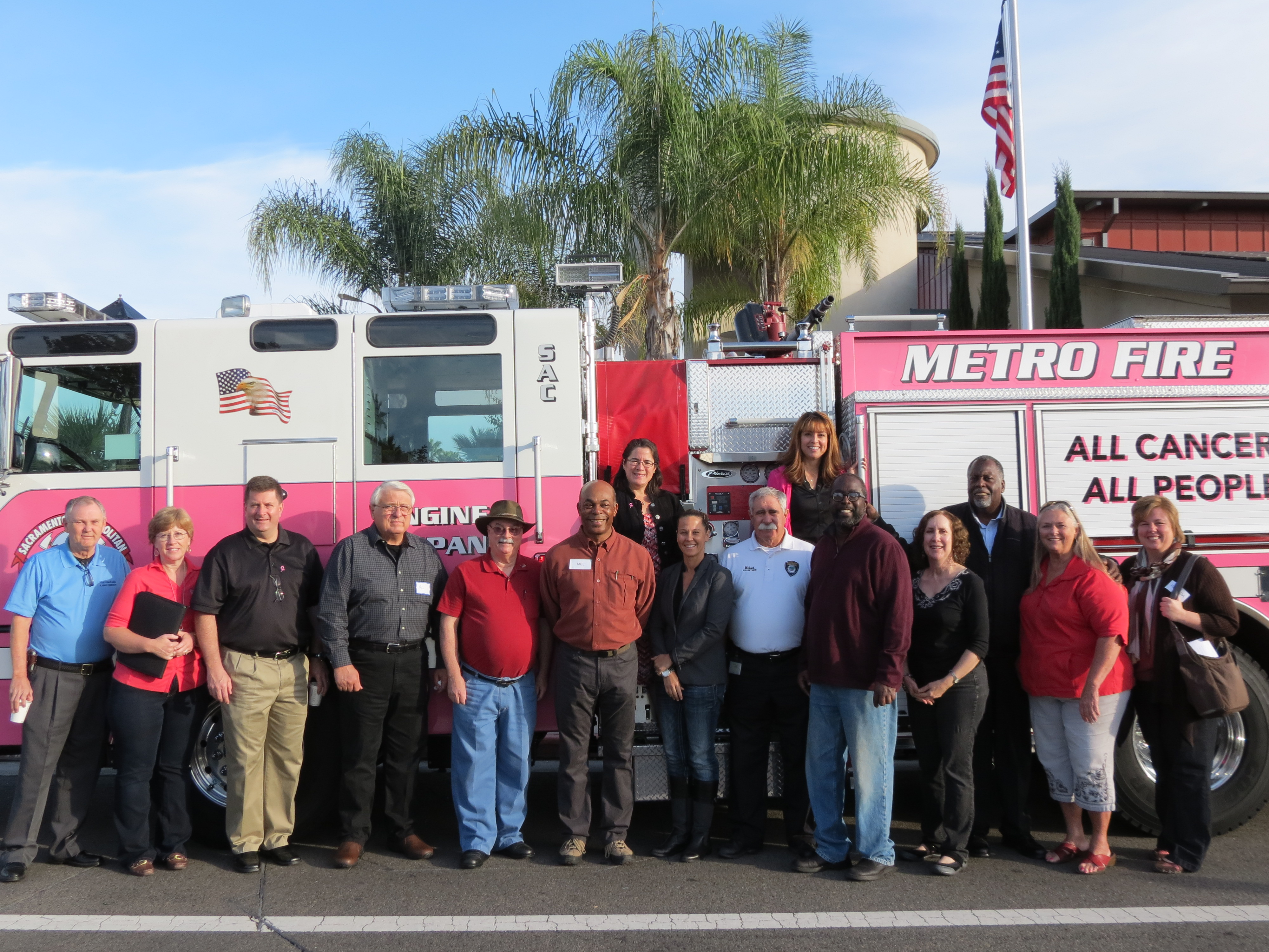 "Sacramento Metro Fire pink ""Cancer Awareness"" engine"
